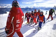 Ski and Snowboard group- and private lessons with certified Snowsports instructors in Crans-Montana